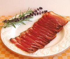 Bauerngeräuchertes aus Bioschweinefleisch